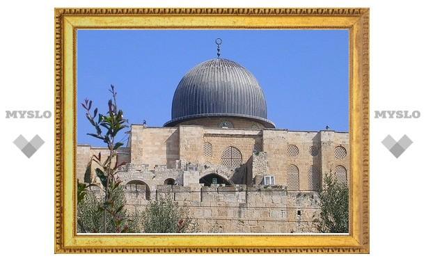 Израиль ограничил доступ к главной мечети Иерусалима