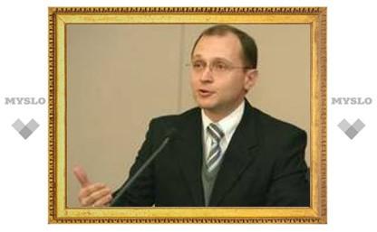 Кириенко предложит японцам докупить атомного топлива в России