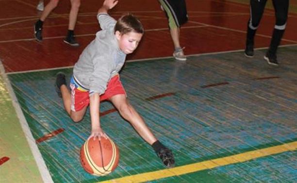 Юные тульские баскетболисты обидно уступили команде Белгородской области
