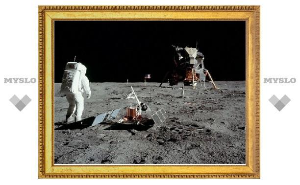 Нил Армстронг объяснил камерность своей прогулки по Луне