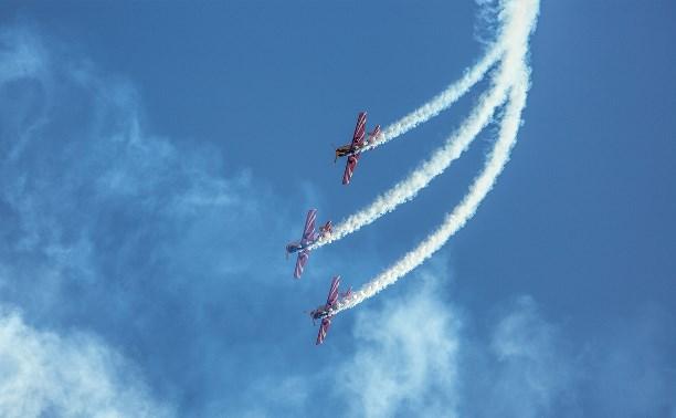 Пилотажная группа «Первый полёт» порадовала туляков ярким авиашоу