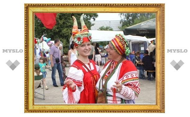 Владимир Груздев предложил продлить Крапивенский фестиваль