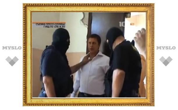 В Петербурге за похищение людей задержали пятерых милиционеров