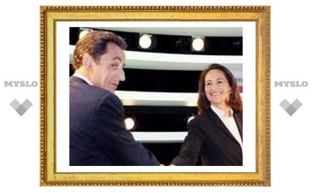 Кандидаты на пост президента Франции провели решающие теледебаты