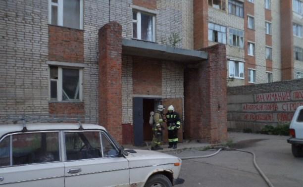 Сотрудники МЧС спасли девять человек на пожаре в Алексине