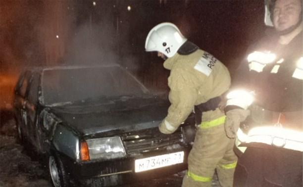 Ночью в Алексине сгорел очередной автомобиль