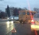 У Комсомольского парка в Туле столкнулись легковой автомобиль и маршрутка