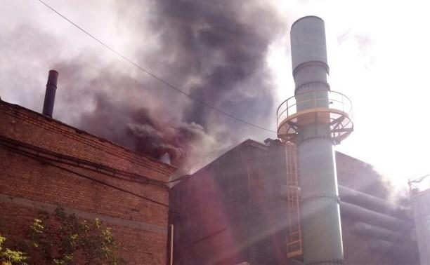 В Алексине больше 20 пожарных тушили завод «Тяжпромарматура»