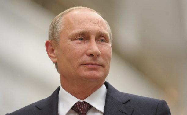 Путин: ОНФ играет активную роль в контроле за исполнением «майских указов»