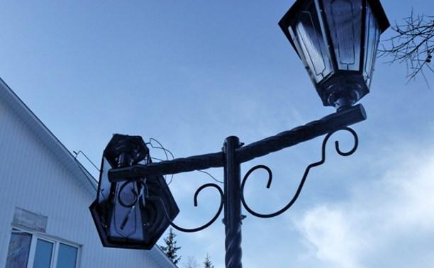 В Комсомольском парке посёлка Заокский сломаны новые фонари