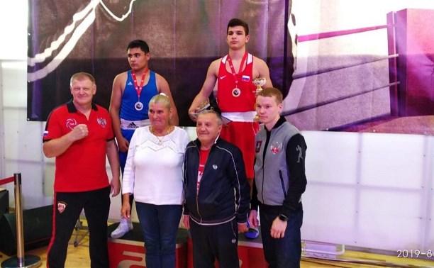 Тульские боксеры завоевали полный комплект медалей на турнире «Мемориал Кошкина»
