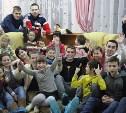 Тульские футбольные фанаты устроили «Фруктовое Рождество» для воспитанников детского центра