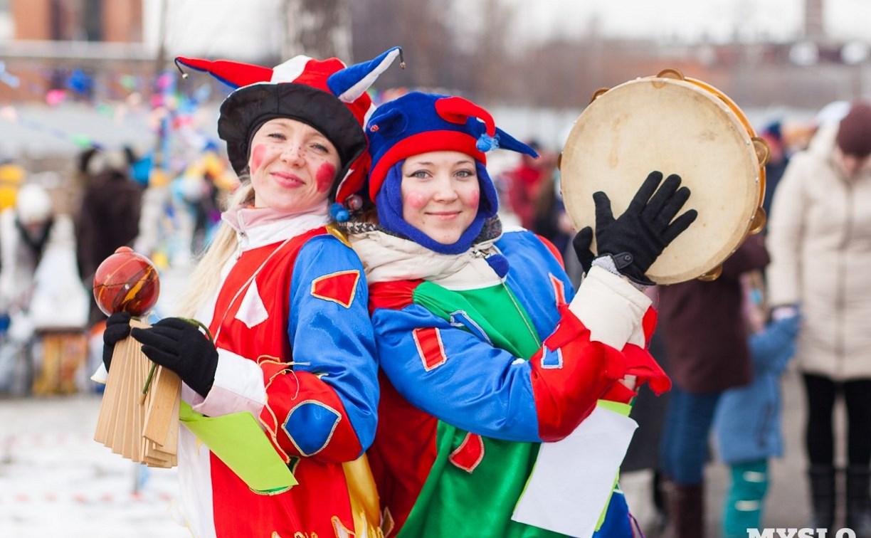 Туляков приглашают отпраздновать Масленицу в кремлевских Торговых рядах