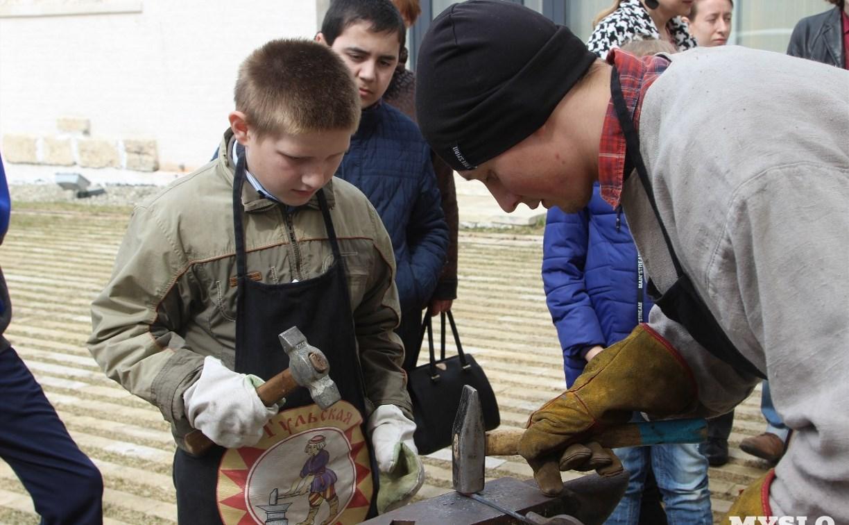 «Рождение тульского металла»: новая экспозиция в музейном комплексе «Куликово поле»