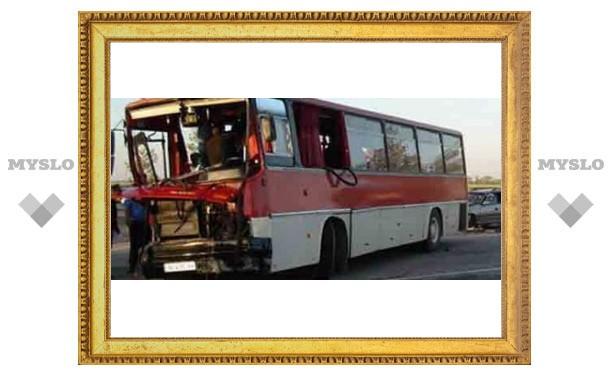 Рейсовый автобус разбился под Тулой