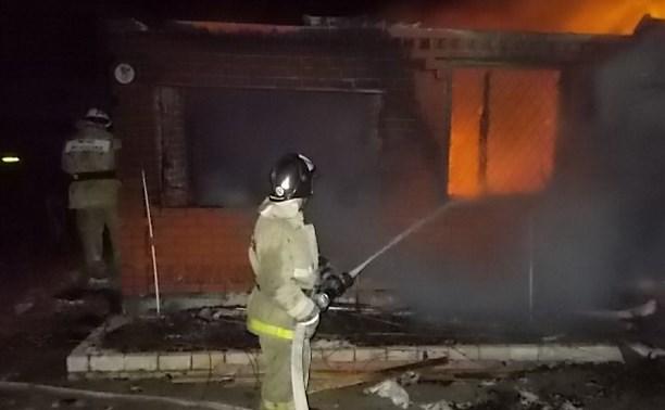 Ночью в Заокском районе сгорела баня