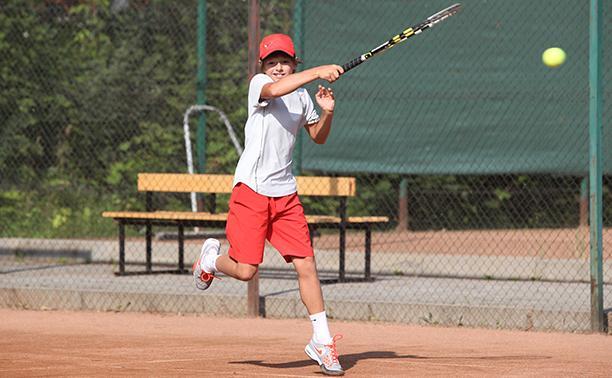В Туле стартовало Открытое летнее первенство области по теннису