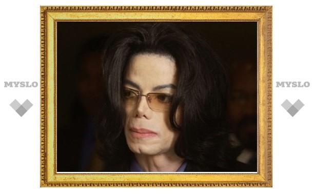Кардиолог опроверг данные об инъекции Джексону обезболивающего