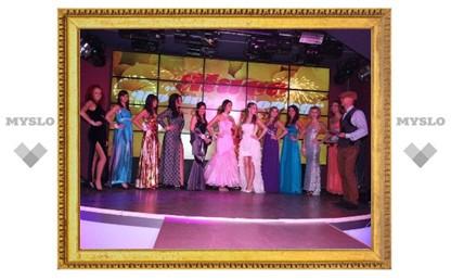 Выбираем «Мисс «Модный город» – 2012»