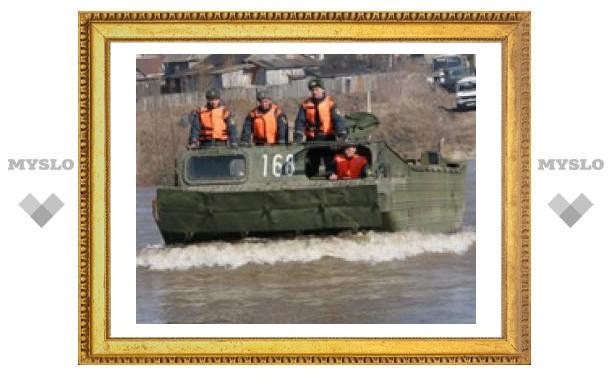 Спасатели эвакуировали жителей затопленного села