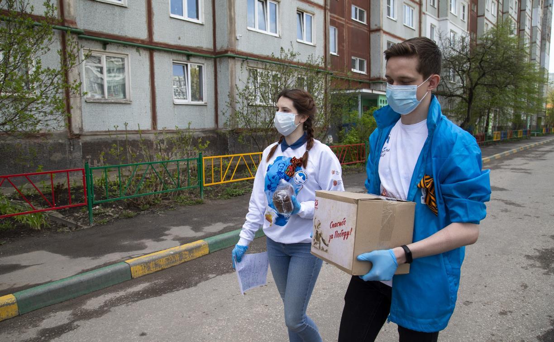 Тульские волонтеры вручили подарки ветеранам войны и труженикам тыла