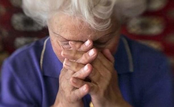 В Туле медсестра украла у пенсионерки 225 тысяч рублей