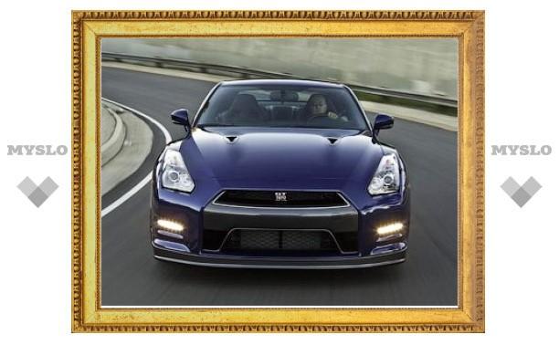 Обновленный Nissan GT-R оказался быстрее самого мощного Porsche 911