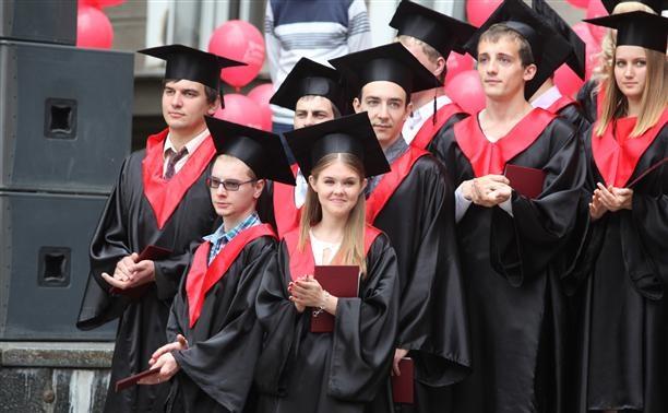 Минобрнауки посчитал зарплату выпускников тульских вузов