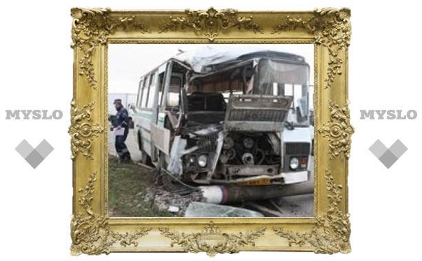 Неисправный автобус едва не убил 12 туляков