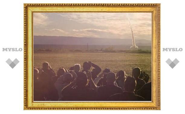 """В NASA успешно испытали спасательную систему для корабля """"Орион"""""""