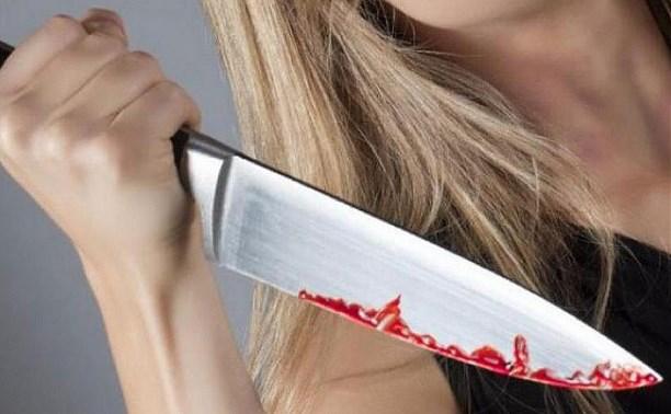 Жительница Тульской области с ножом набросилась на собутыльника