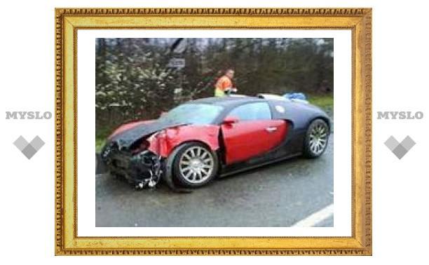 В Англии разбили Bugatti Veyron
