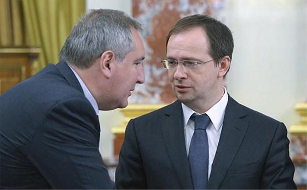 На открытие новой выставки в Тульском музее оружия приедут Рогозин и Мединский