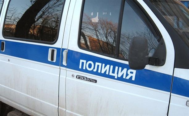 В Туле водитель такси избил мужчину возле клуба