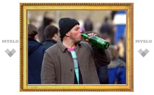 Онищенко призвал возродить систему принудительного лечения алкоголиков