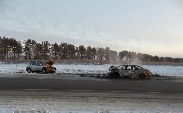 В результате ДТП на трассе М6 «Каспий» загорелся автомобиль, пострадали 5 человек