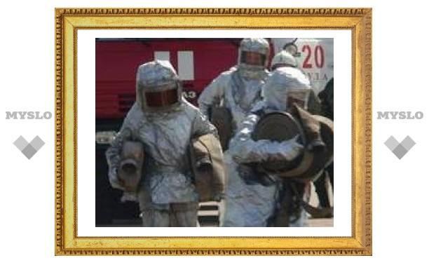 В Туле потушили нефтебазу
