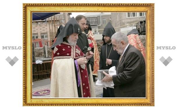 В Ереване заложен фундамент церкви святой Анны и резиденции Католикоса всех армян