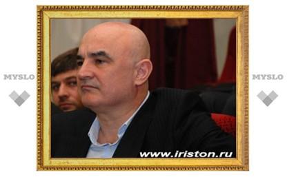 Главу московской общины осетин посадили под домашний арест
