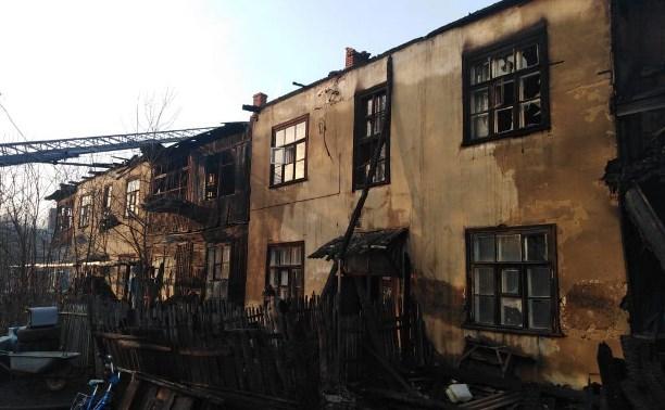 Многоквартирный дом в Донском сгорел из-за пала травы