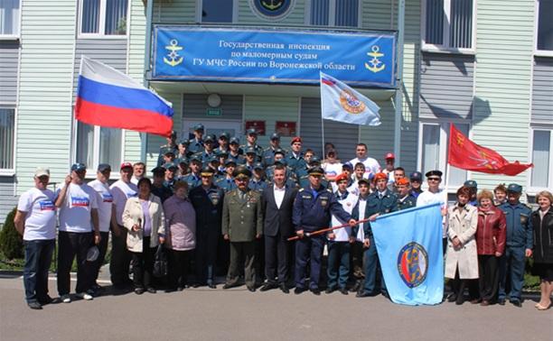 Тульские депутаты и спасатели принимают участие в водном переходе
