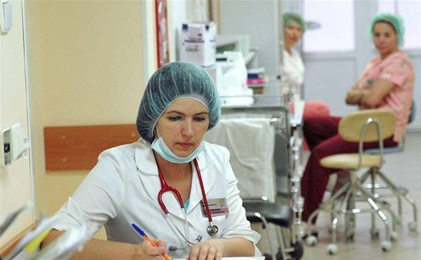 К 2018 году тульские врачи будут получать 75 тысяч рублей
