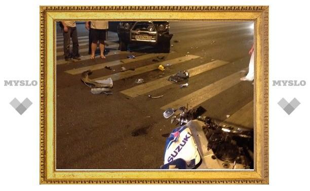 Очевидцы ДТП с мотоциклом и джипом в Туле: «Машина разворачивалась на проспекте»