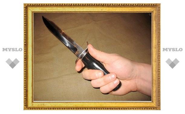 В Туле младший брат ударил старшего ножом в спину