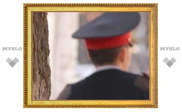 В Тульской области преступник напал на полицейского