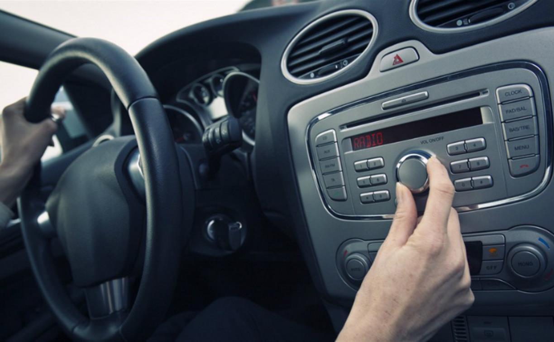 Удобное скачивание любимых песен в машину и тренажерный зал