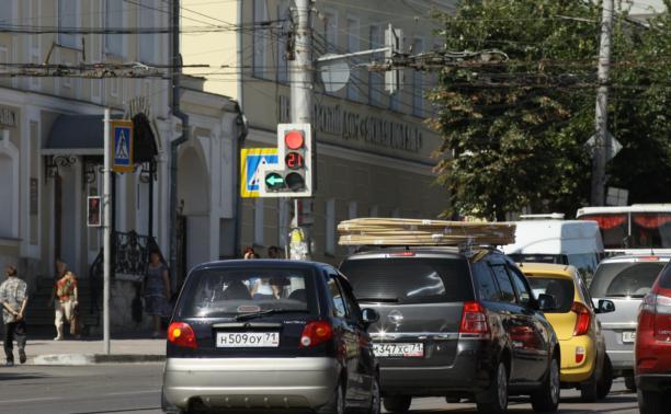 С 1 августа на Мызе автомобилистов принимают по предварительной записи