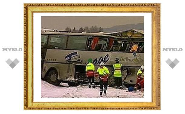 Тульcкий автобус попал в аварию