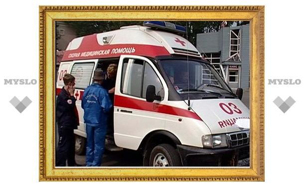 """В Туле полицейский """"УАЗик"""" протаранил авто с пассажирами"""