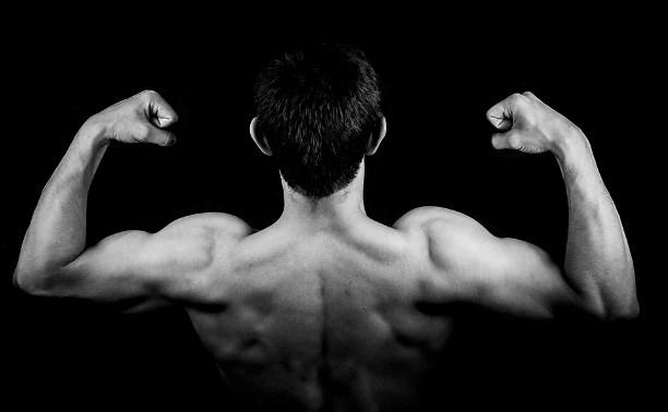 Житель Ясногорска получал из-за границы запрещенные стероиды для наращивания мышц